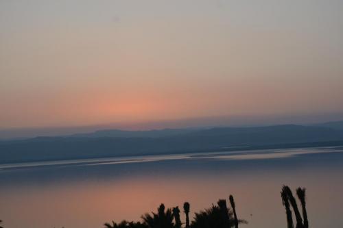 SEP 10-11 Dead Sea Hilton Sunset - Sunrise  (3)