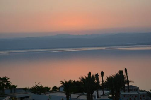 SEP 10-11 Dead Sea Hilton Sunset - Sunrise  (6)