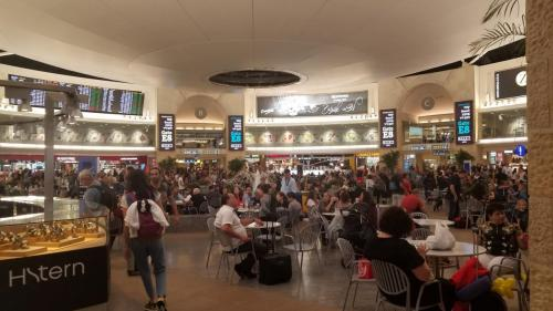 SEP 17 Airport in tel Aviv  3am (3)